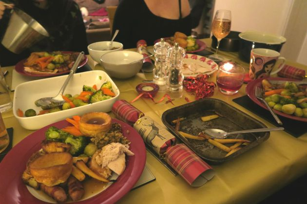 christmas_xmas_family_dinner_roast_turkey_food
